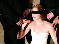 Six mysterious guys VS petite babe Jessie Andrews in bukkake video