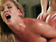 Dirty sweaty sex with heart stopping bootylitious MILF Cherie DeVille