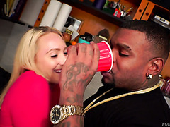 Black dude drinks AJ Applegate's squirt and fucks her like a beast