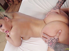 Fully tattooed hunk slams phat ass Russian babe Briana Banderas