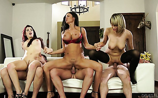 Three wet pussies and three fat cocks in one fantastic orgy