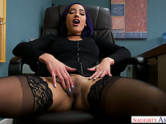 Intern is tempted by racy Latina manager slut Chloe Amour