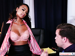Quickie in the office with torrid ebony babe Harley Dean