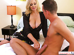 His best friend's busty mom Julia Ann turns out to be a good slut