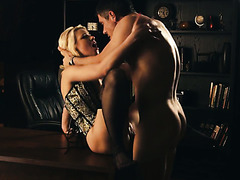 Screwing of beautiful curvy secretary Anikka Albrite with great passion