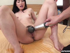 Japanese pisser Ayumi Iwasa is fucked to orgasms with contractions
