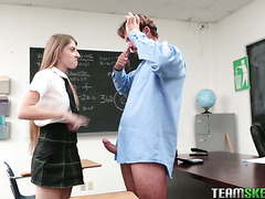College bitch Alyce Anderson fucks paralyzed teacher