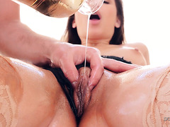 Abella Danger gets creamy while fucking big cock after massage