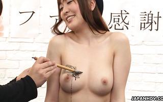 JAP AV Idol Nagisa Kazami nimmt 10 Ladungen Bukkake Creampie