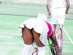 Brandi Bae gets her big bimbo booty smashed by tennis boy