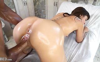 Riley Reid, skinny hairy girl, oils herself before dicking