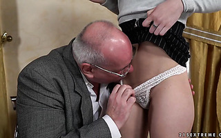 College girl Anya Krey pampers old professor with her young cunt
