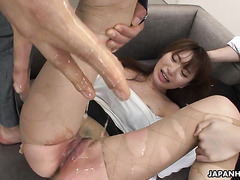 Melia Rika squirts desperately while being hate fucked by coworkers