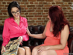BBW GILF Red Mary has lesbian quickie with teeny angel Darcia Lee