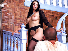 Kira Queen is a classy Russian brickhouse babe who loves sensual sex