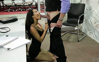 Sexy Asian secretary Asa Akira fucks her boss right in an office