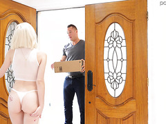 Jessie Saint cums on magic wand and then on lucky neighbor's big dick