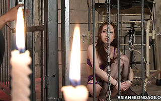 Jap MILF Asuka Tsukamoto wird in der Sauna geknallt und ins Gesicht geschmiert