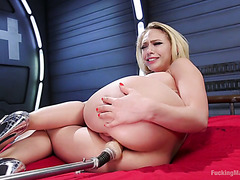 The fucking machine makes legendary Kagney Lynn Carter cum hard