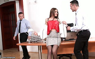 Kitana Lure gets DP fucked by colleagues on her first day