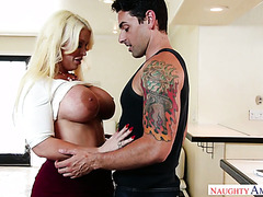A guy gets seduced by friend's full figured mom Alura Jenson